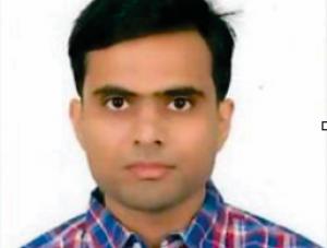 Mr.AKSHAY BHATNAGAR